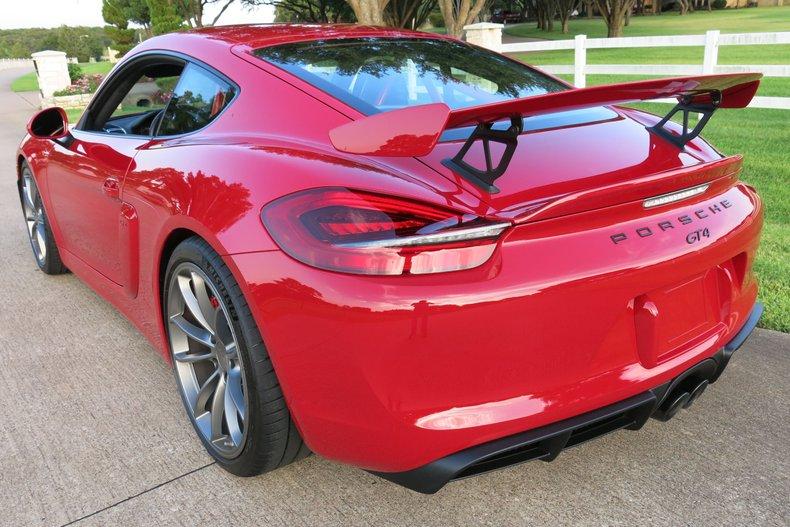 Porsche Vehicle