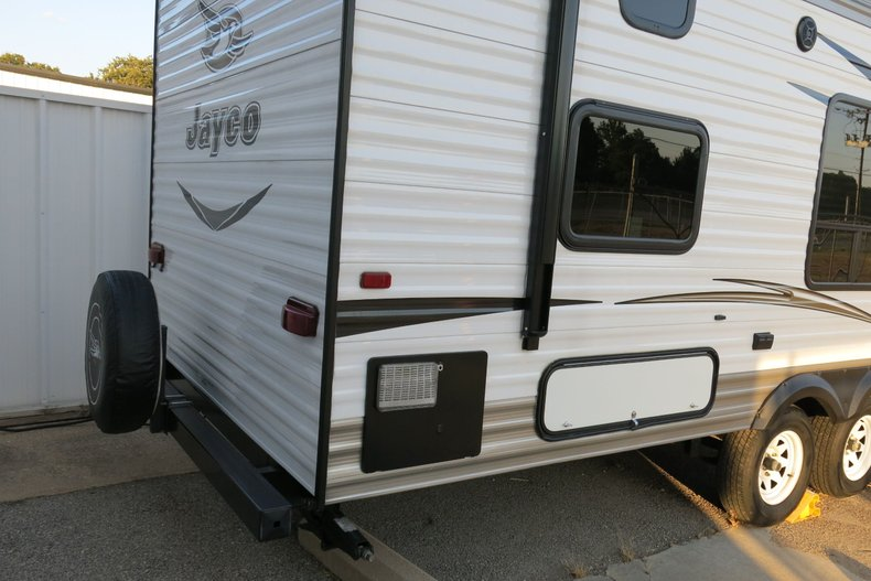 Jayco SLH Vehicle