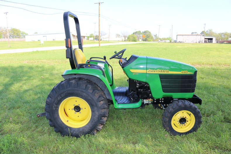 John Deere Vehicle