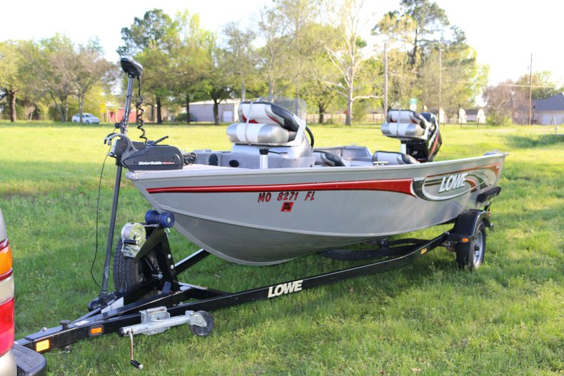 2008 Lowe FM 165 Aluminum Fishing boat
