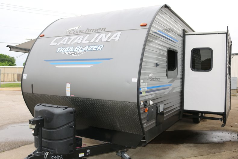 Coachman Catalina Vehicle