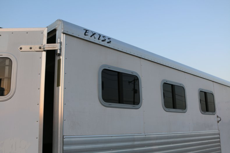 Exiss three horse Vehicle