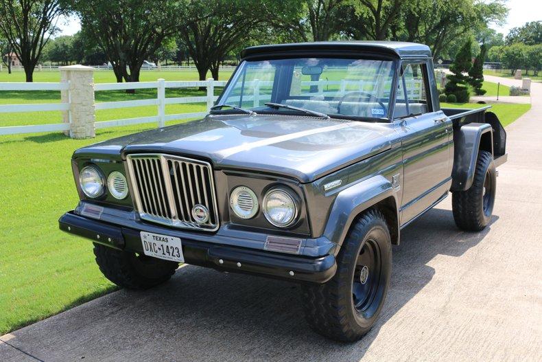 1969 Jeep J-2000 Gladiator