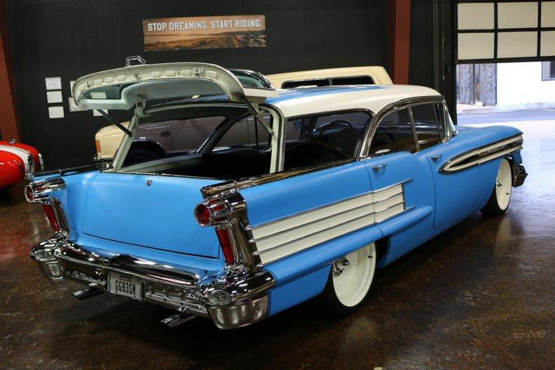 Oldmobile Vehicle
