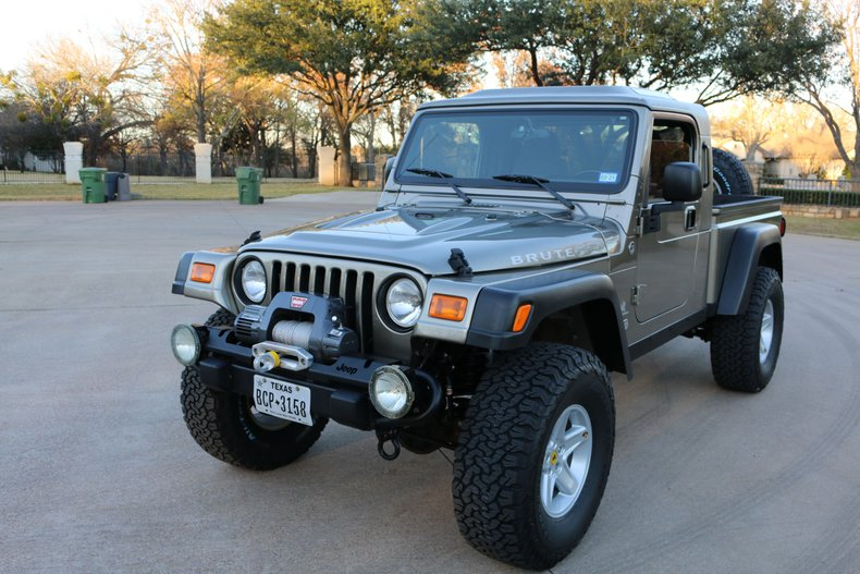 2006 Jeep AEV Golden Eagle
