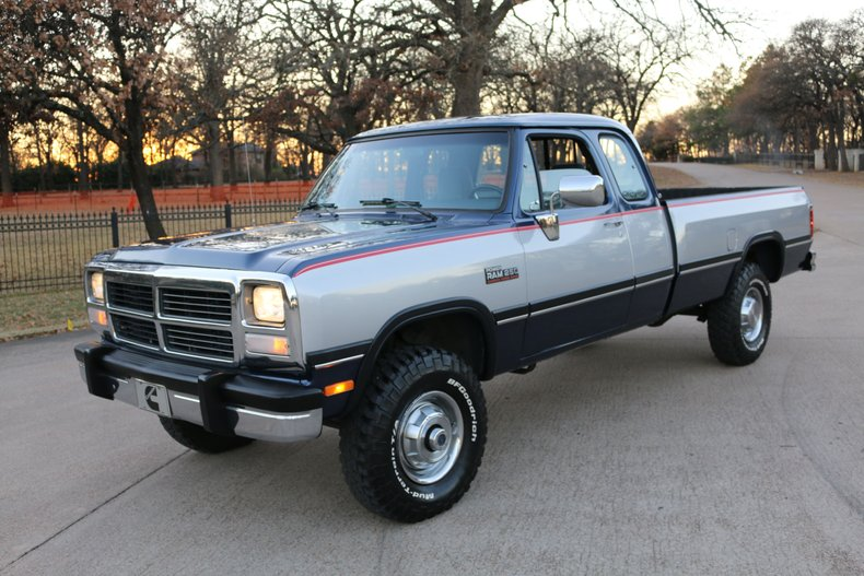 1992 Dodge Ram 2500 4x4 Club Cab LE