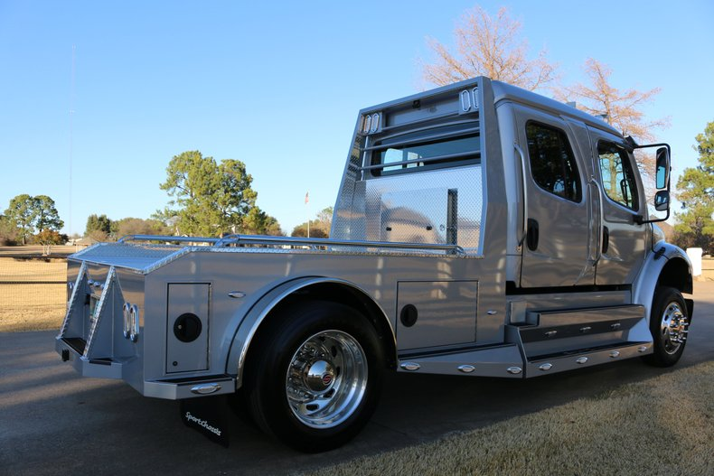 Freightliner M2 Vehicle