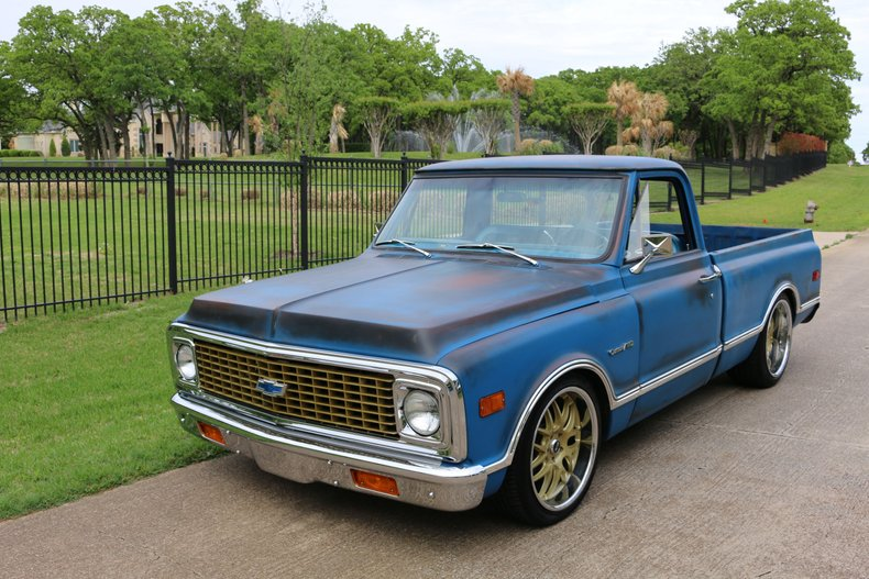 1971 Chevrolet C-10 1/2 ton pick up