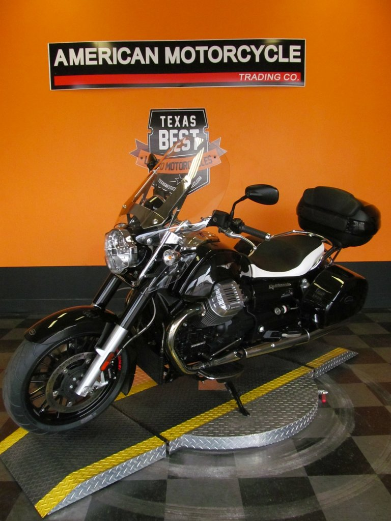 Moto Guzzi Vehicle