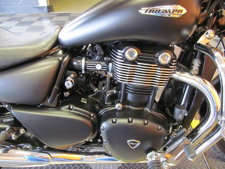 2011 Triumph Thunderbird