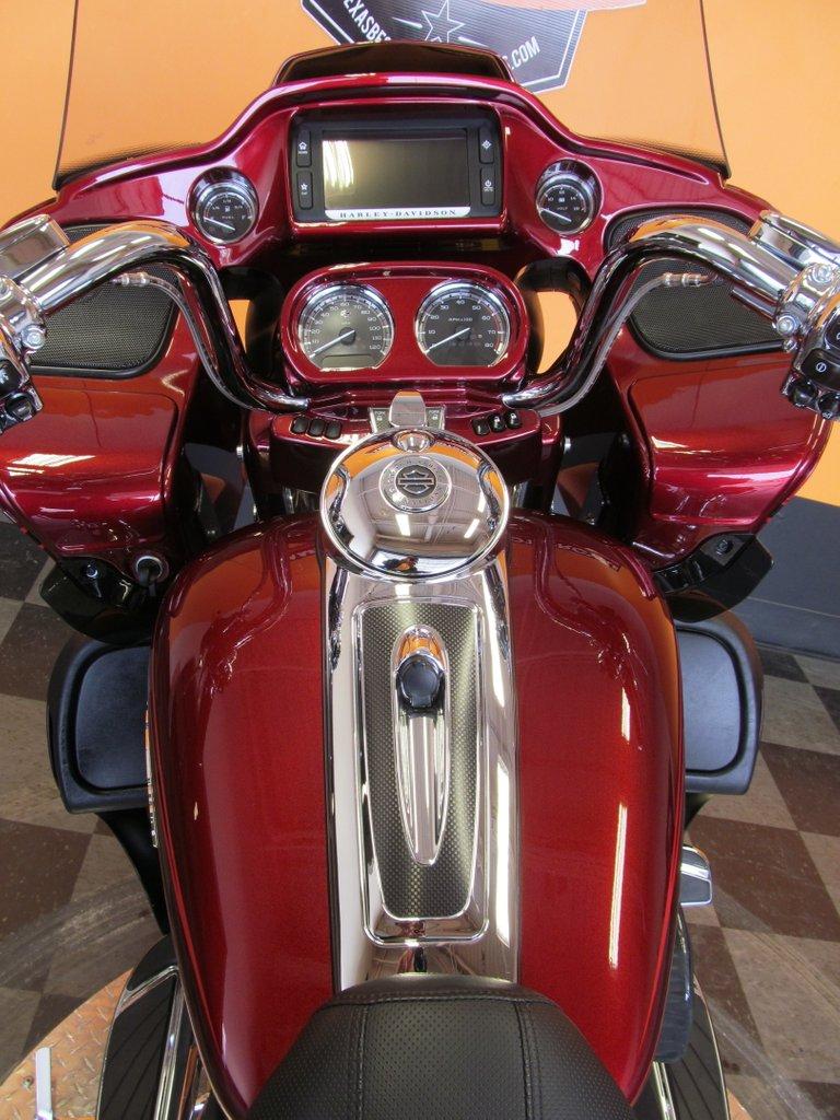 2015 Harley-Davidson CVO Road Glide