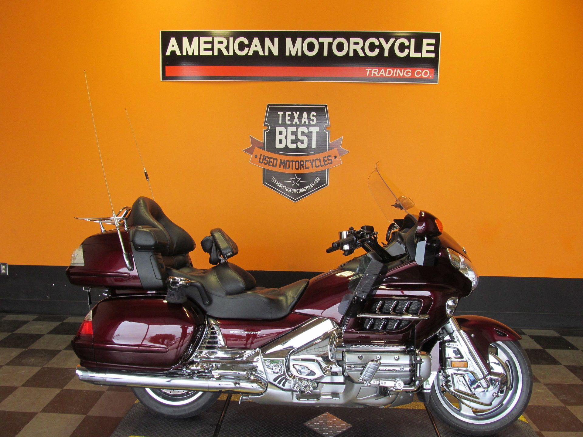 2008 honda gold wing gl1800hpn with audio comfort navi