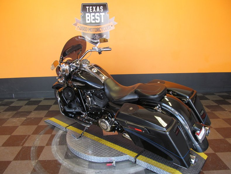 2013 Harley-Davidson CVO Road King