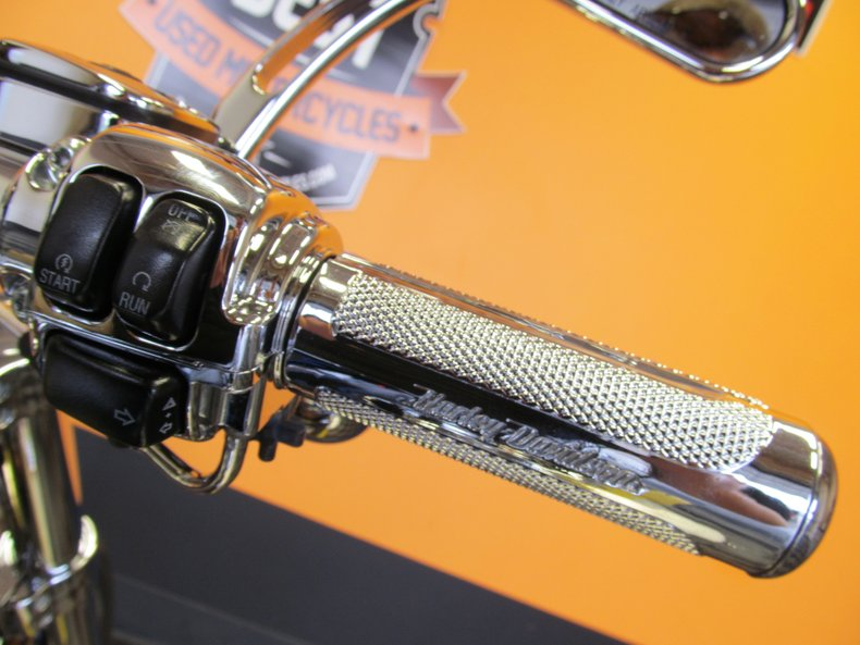 2007 Harley-Davidson CVO Dyna Super Glide