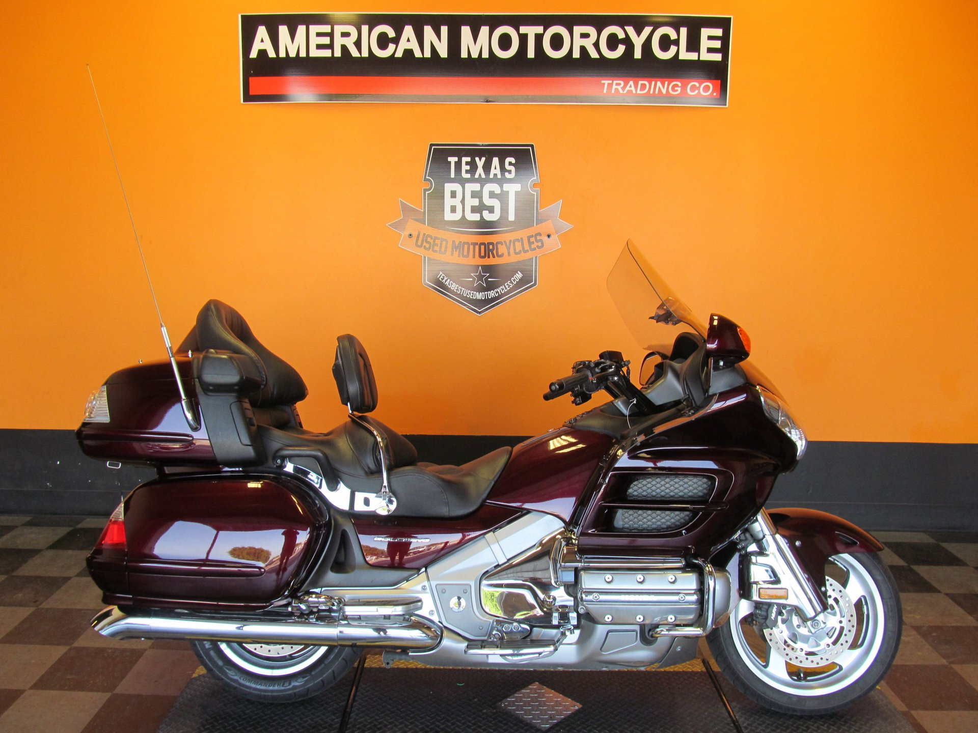 2007 honda gold wing gl18hpnm7 with comfort navi audio