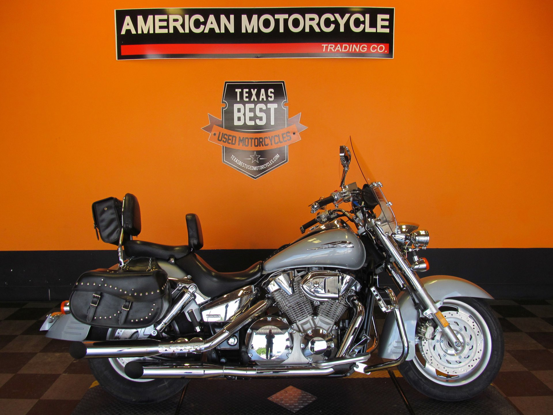 2005 honda shadow vtx1300r
