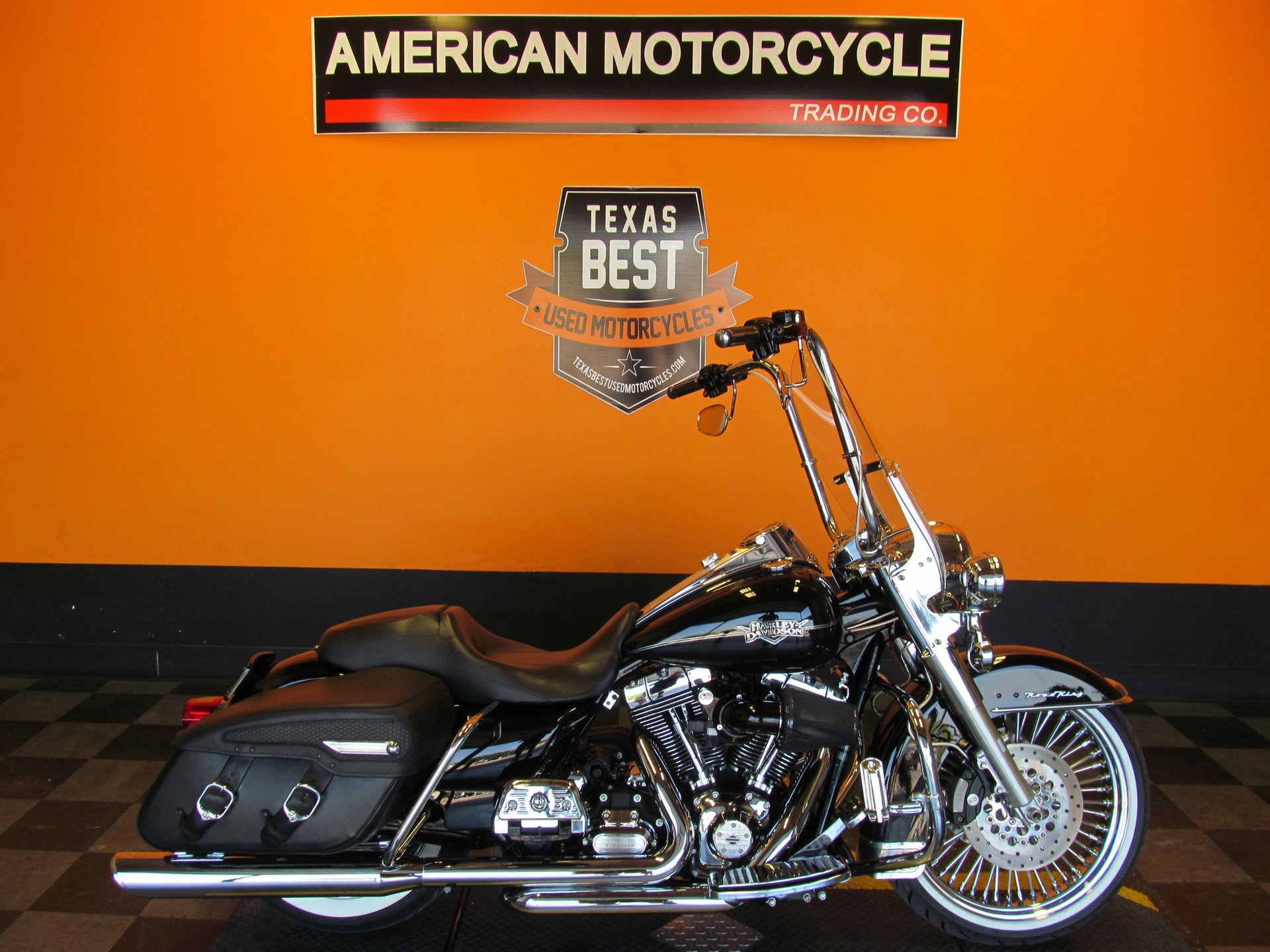 2011 harley davidson road king classic flhrc