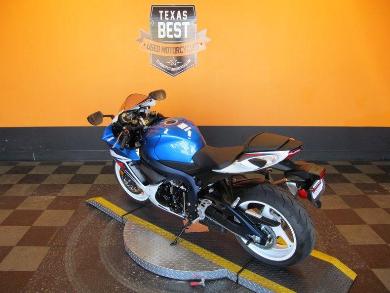 2011 Suzuki GSX-R