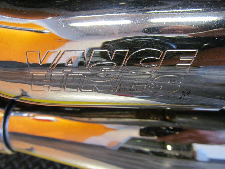 2002 Honda Magna