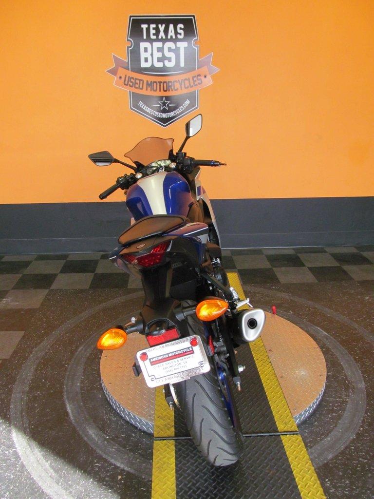2015 Yamaha YZF-R3
