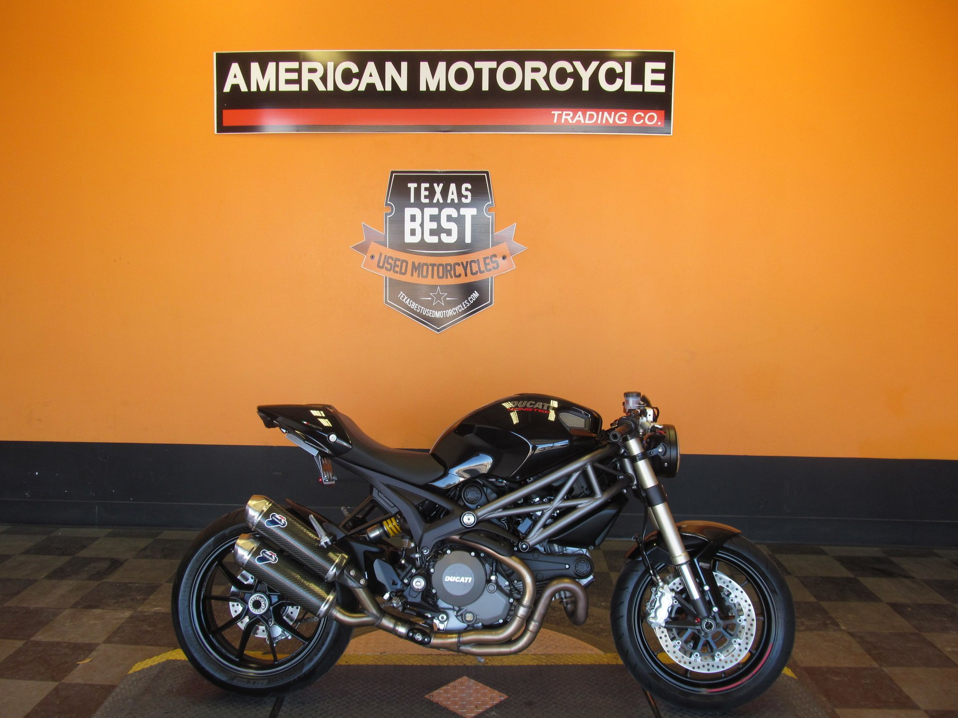 2012 ducati monster m1100evo abs