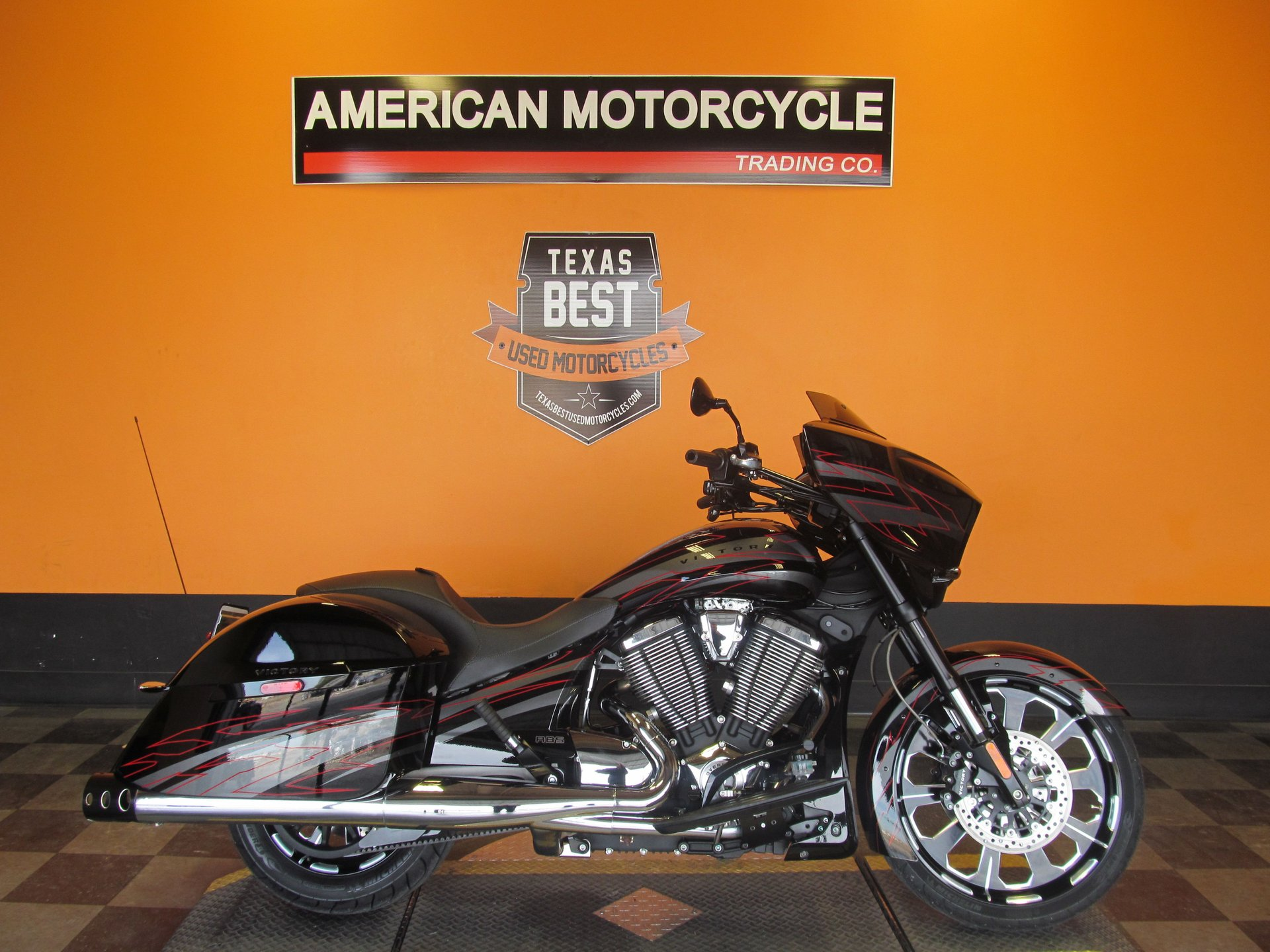2015 victory cross country magnum x1
