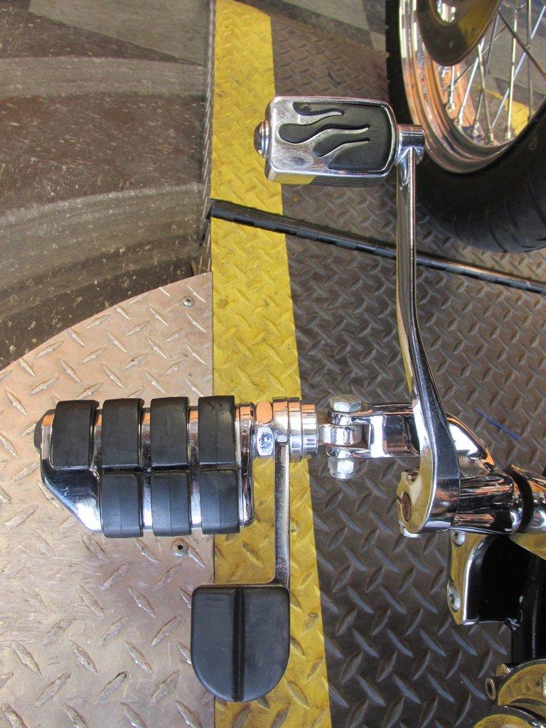 2005 Harley-Davidson Dyna Low Rider