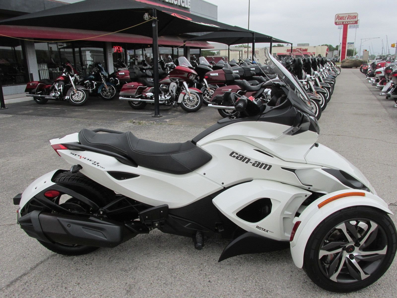 2014 can am spyder sts sm5