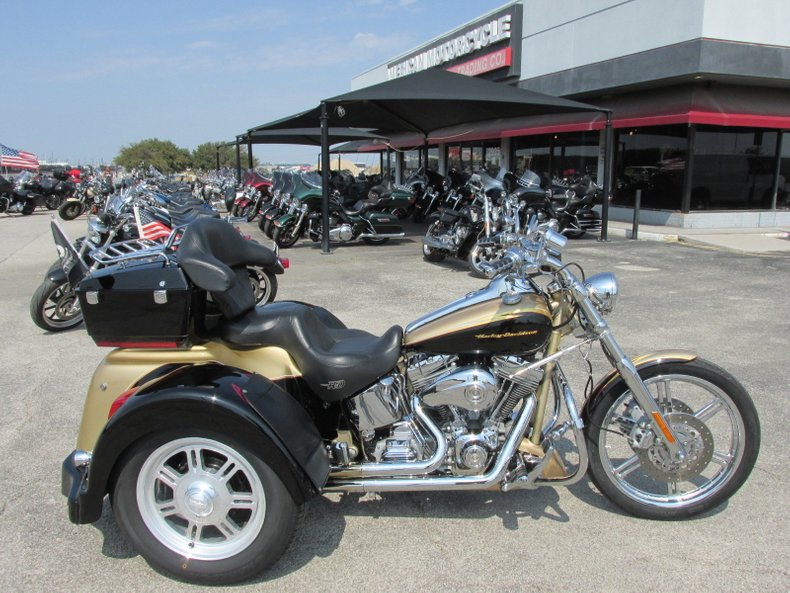2003 Harley-Davidson Screamin' Eagle Softail Duece Trike