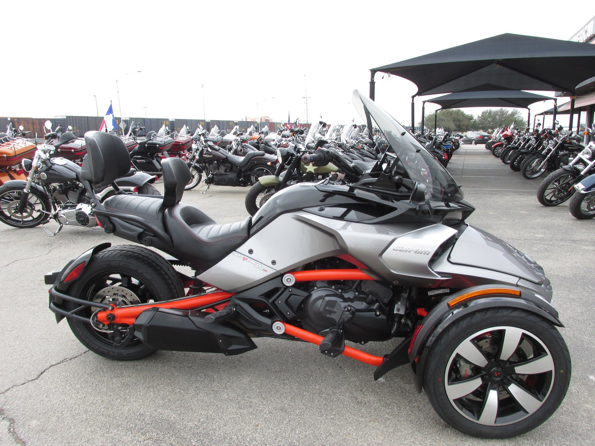 2015 can am spyder f3s se6fh