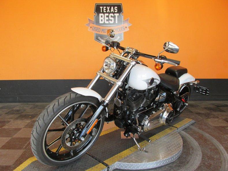 2016 Harley-Davidson Softail Breakout
