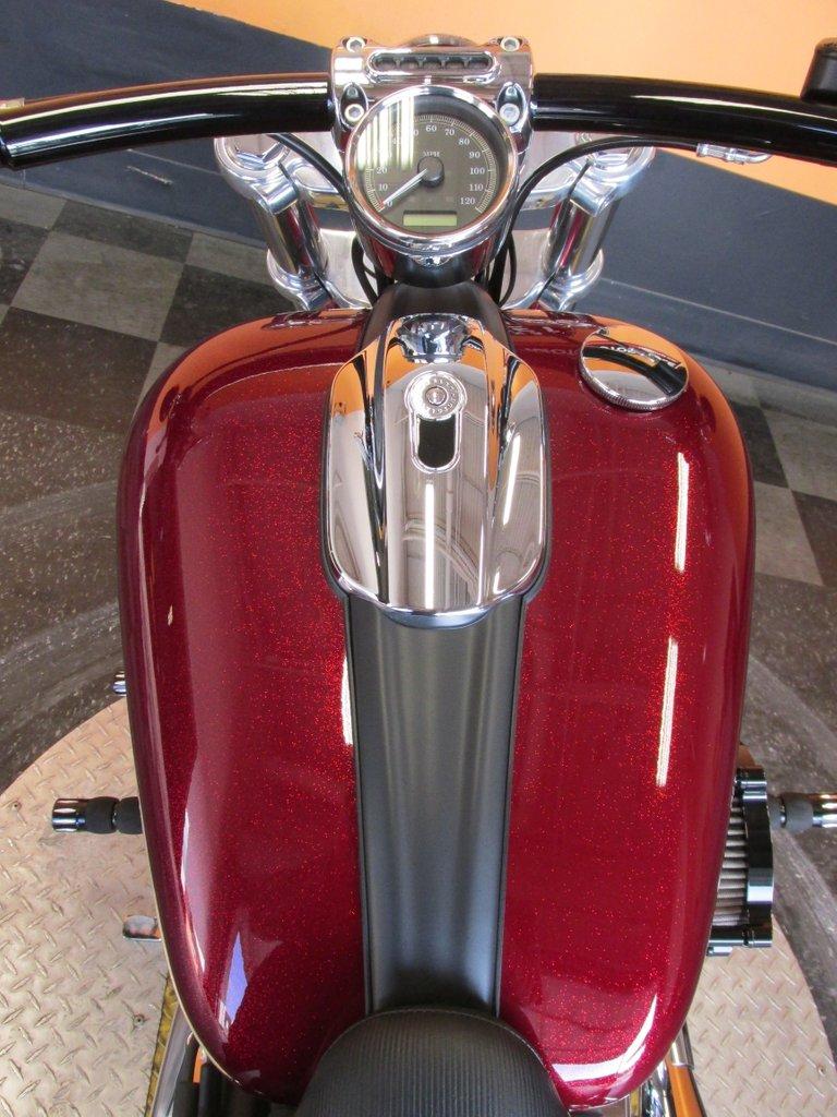 2017 Harley-Davidson Softail Breakout