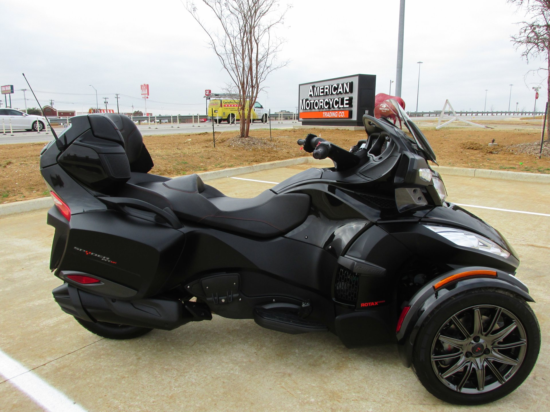 2016 can am spyder rt s se6 special