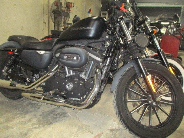 2010 Harley-Davidson Sportster 883