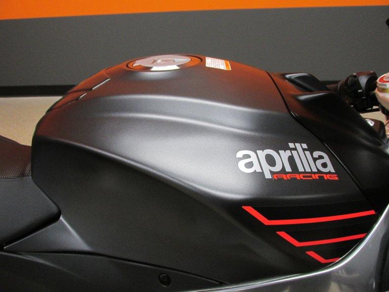 2016 Aprilia RSV4RR