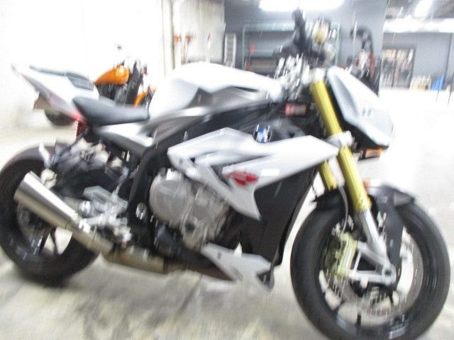 2014 bmw s1000r re assigned vin