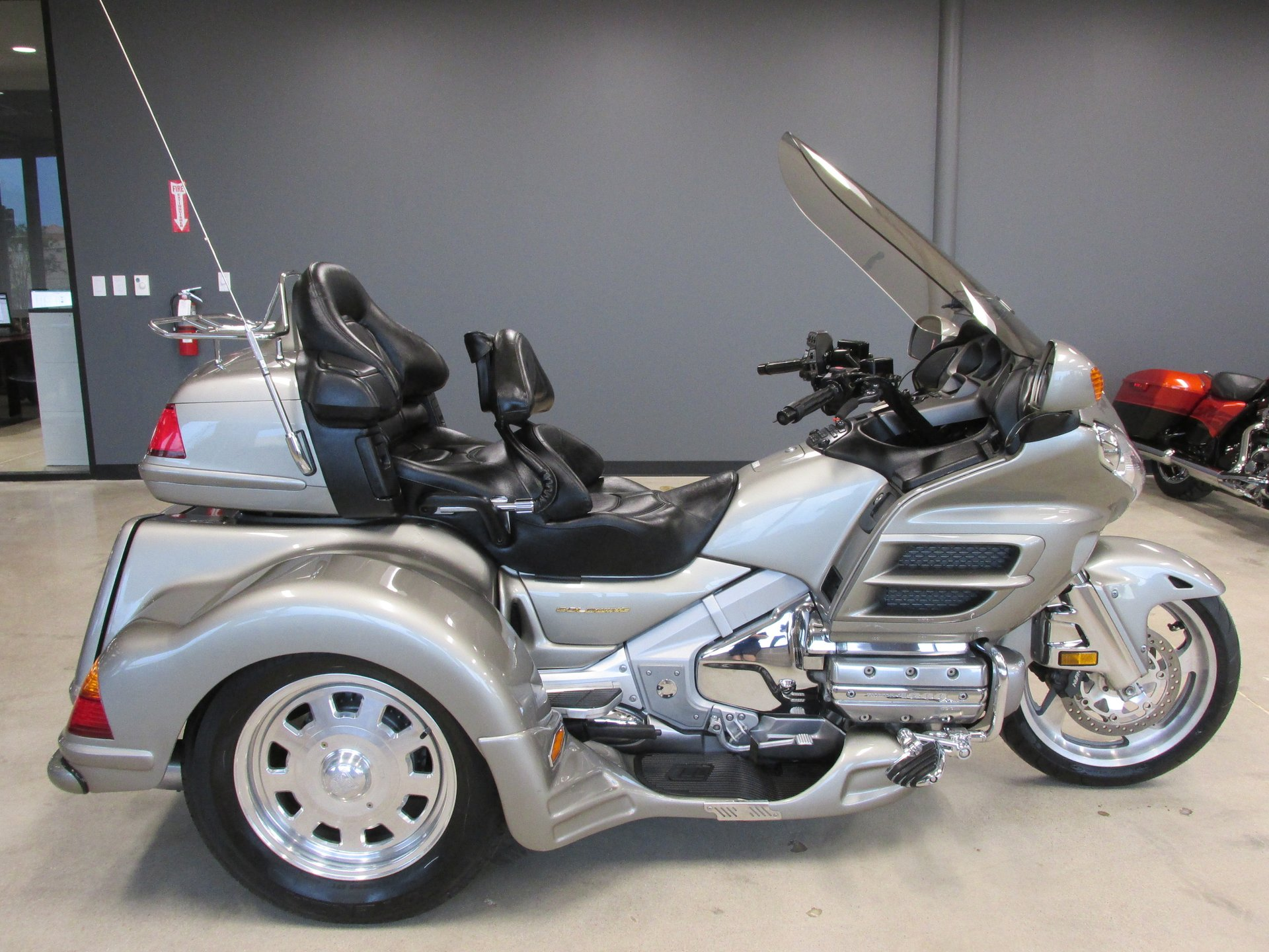 2003 honda gold wing trike gl1800a5 abs lehman trike conv