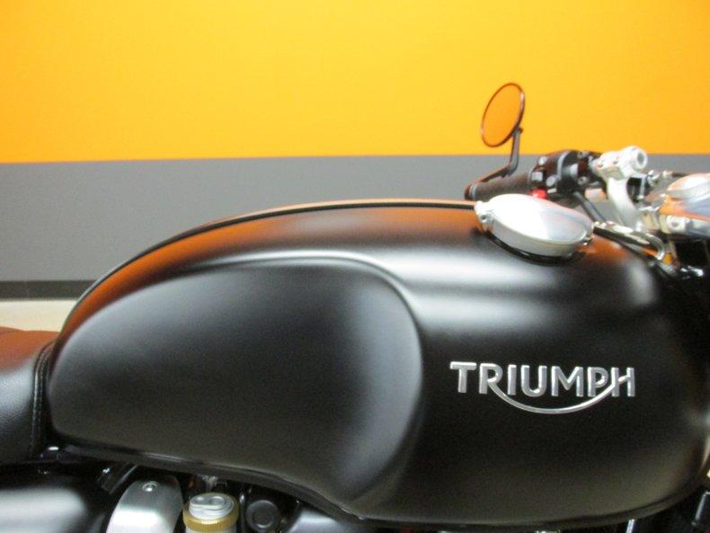 2017 Triumph Thruxton R 1200