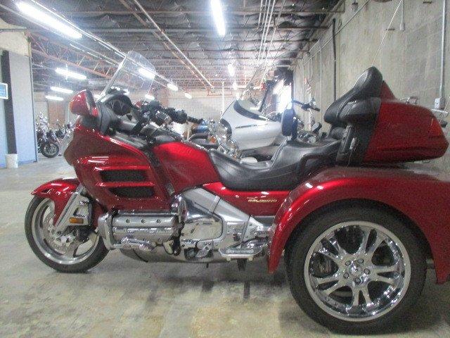 2003 honda gold wing trike gl1800