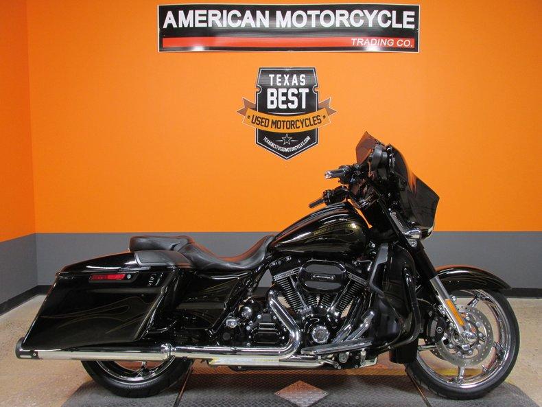 2015 Harley-Davidson CVO Street Glide