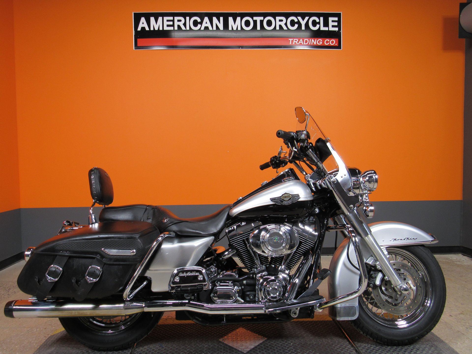 2003 harley davidson road king classic flhrci 100th anniversary