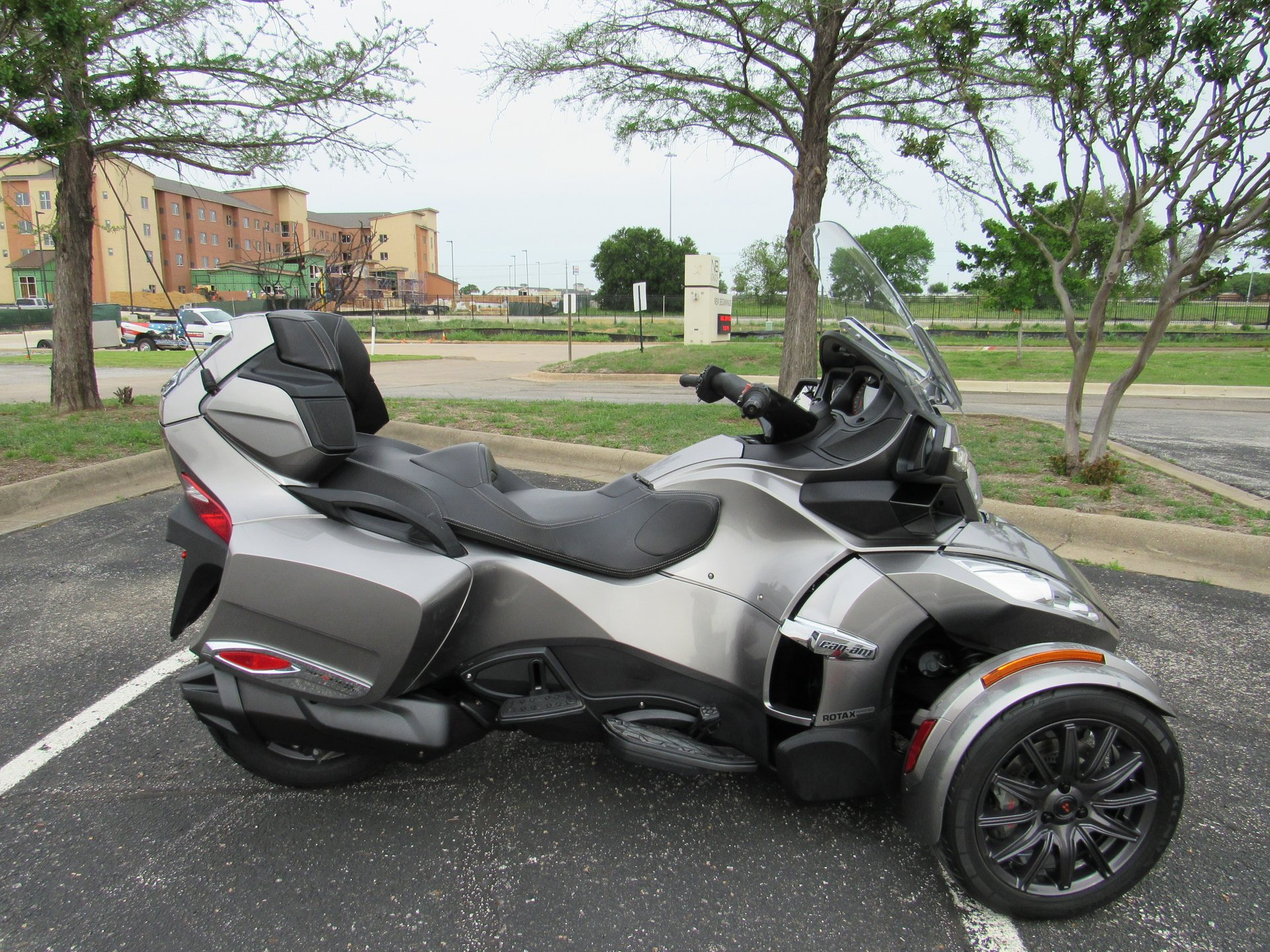 2013 can am spyder rt se5