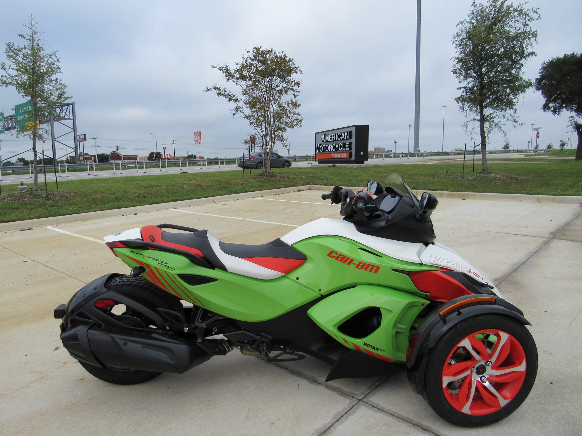 Can Am Spyder For Sale >> 2015 Can Am Spyder Rs S Se5 Special Series For Sale 152280 Motorious