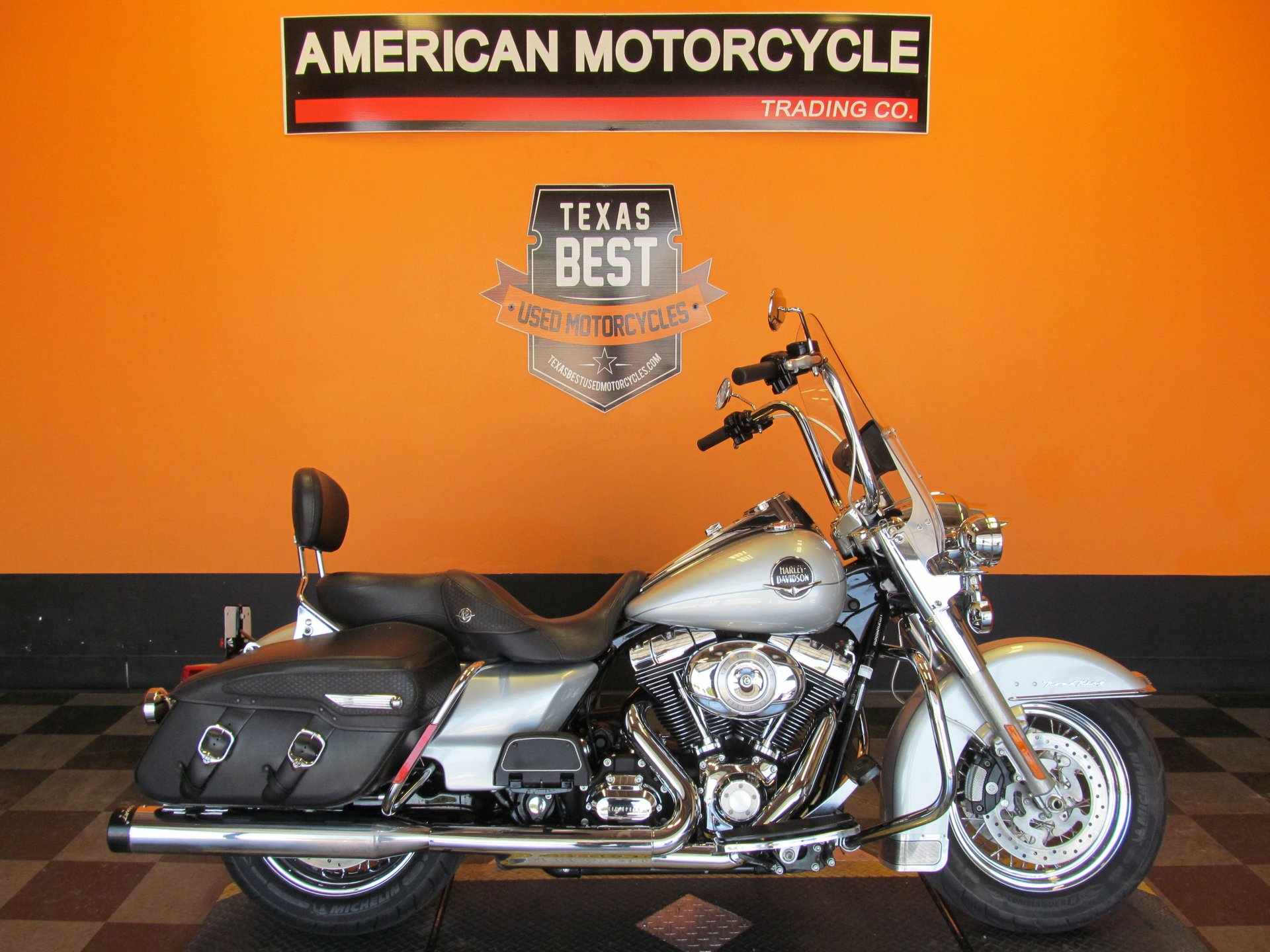 2010 harley davidson road king classic flhrc