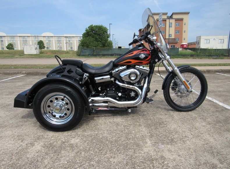 2011 Harley-Davidson Dyna Wide GlideAmerican Motorcycle Trading