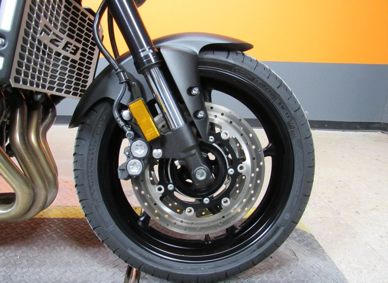 2013 Yamaha FZ8