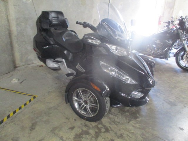 2011 can am spyder rt s se5