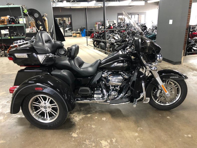 2017 Harley-Davidson Tri-Glide For Sale