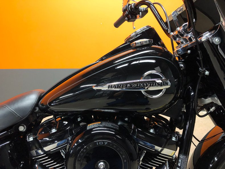 2018 Harley-Davidson Softail Heritage Classic