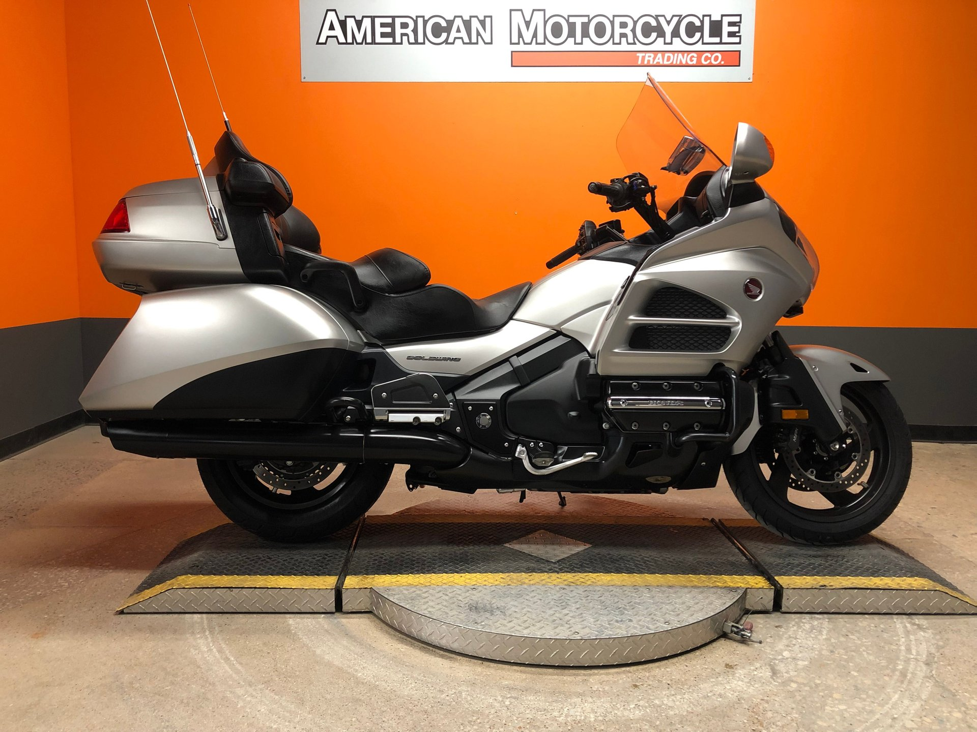 2016 honda gold wing gl1800